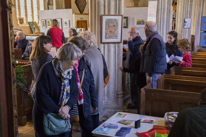 Art in the Aisles attracts crowds